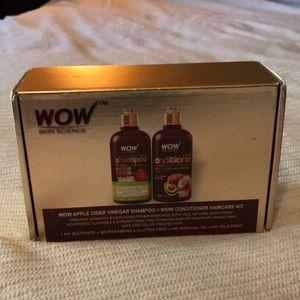 WOW apple cider vinegar shampoo + conditioner